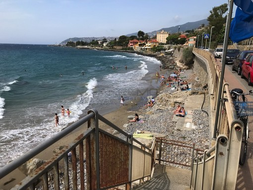 Sanremo: al via oggi il servizio di steward per il rispetto delle norme anti contagio sulle spiagge