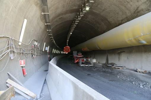 Confine Liguria-Piemonte: procedono con l'uso di esplosivo le attività di scavo nel nuovo tunnel di Tenda