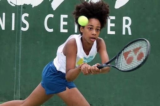 Tyra Grant, italo-statunitense classe 2008 del Piatti Tennis Center, è in finale nel torneo Open sui campi del Bordighera Lawn Tennis Club 1878