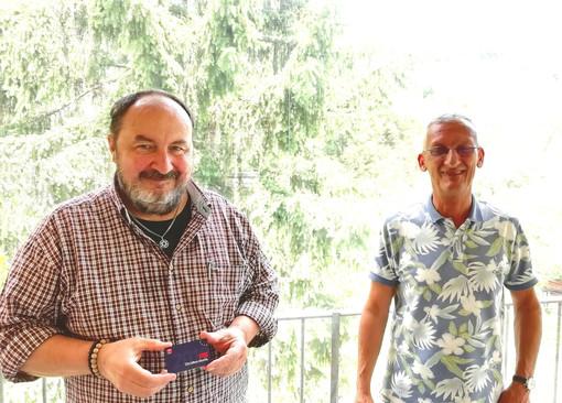 Il sindaco di Pigna Roberto Trutalli aderisce ai socialisti del Psi, consegnata la tessera dal collega Adriano Biancheri