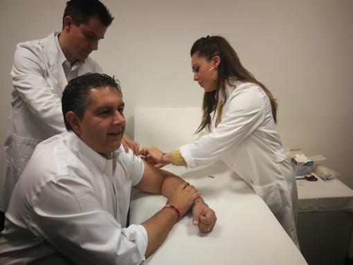 Regione: prosegue la campagna vaccinale, coinvolti 1100 medici e interessati oltre 440mila liguri