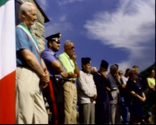 Creppo: nella piccola frazione di Triora ogni anno vengono ricordati i carabinieri caduti. Riviviamo la celebrazione del 2006