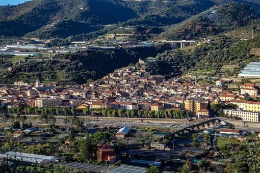 Taggia: anti Covid, più attività all'aperto per le scuole. Il Comune investe 385mila euro su giardini e tettoie