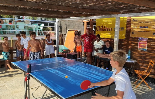 Arma di Taggia: in tanti alla seconda tappa di 'Ping pong for Unicef' ai bagni Idelmary (Foto)