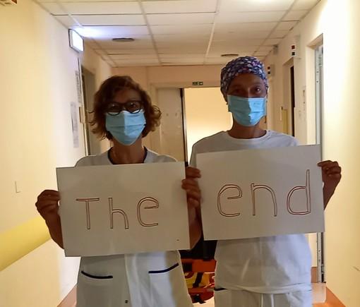 Imperia: dimesso l'ultimo paziente Covid dalla palazzina B dell'ospedale, la gioia degli infermieri