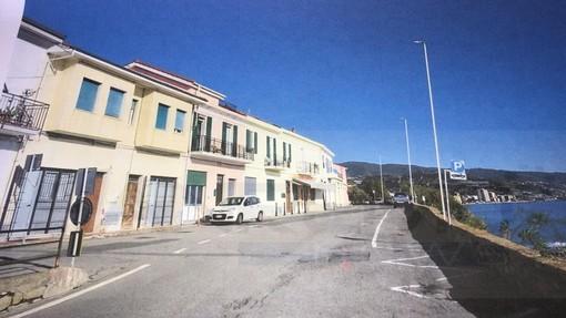 Sanremo: pali della luce in via Al Mare a Bussana, i residenti chiedono di rivedere il progetto (Foto)
