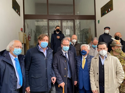 """Ventimiglia: il Sottosegretario Mulè al confine """"La via da percorrere è quella della cooperazione tra Italia e Francia"""" (Foto e Video)"""