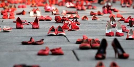 Vittime di femminicidio: Coop Liguria dalla parte delle donne, il 25 novembre una cassa con accessori rossi