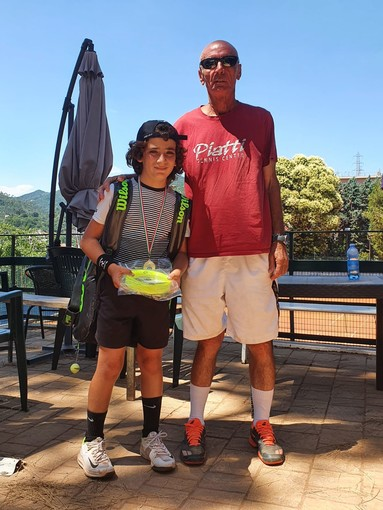 Tennis. Il giovane campione Vincenzo Curinga sorprende ancora a Savona