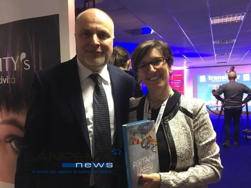"""Vincenzo Russolillo con Cristina Giordana alla presentazione del libro """"Portami lassù"""""""