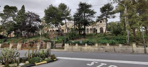 Ospedaletti: muro perimetrale di Villa Sultana crollato da dicembre, il Sindaco ordina alla 'Sapeco' un intervento urgente