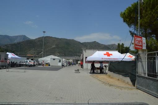 Ventimiglia: negli ultimi due mesi in aumento il numero degli arrivi di migranti, 400 gli ospiti giornalieri (Video)