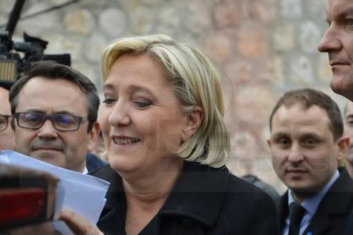 """Coronavirus, Marine Le Pen """"Il governo controlli le frontiere con l'Italia"""""""