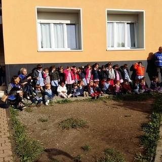 Sanremo: divertente mattinata per gli alunni dell'Istituto 'Centro Levante' al canile di strada San Pietro (Foto)
