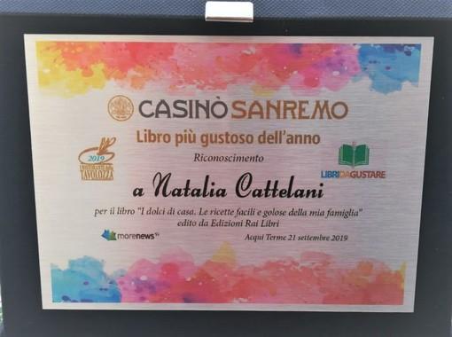 """Acqui Terme (AL): A Natalia Cattelani il premio """"Libro più Gustoso dell'anno"""" per il libro """"I dolci di casa"""""""