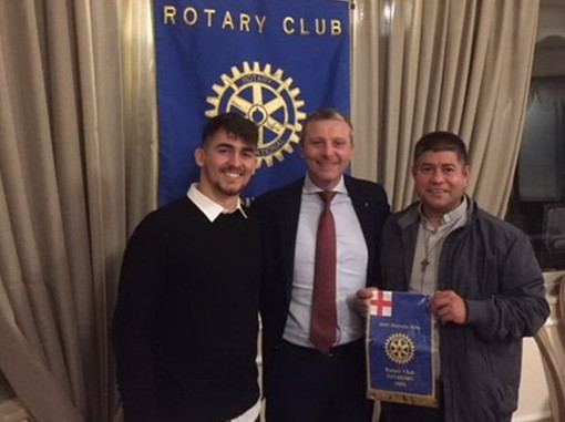 Sanremo: don Rito Alvarez relatore per il Rotary Club sui problemi dei contadini della Colombia