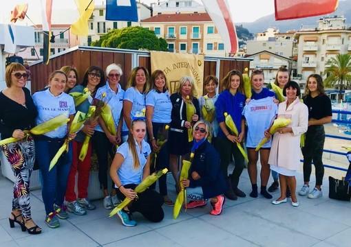 """Sanremo: lo Zonta Club con """"Via Le Mani"""" presente al campionato del Mediterraneo 2019 di Coastal Rowing"""