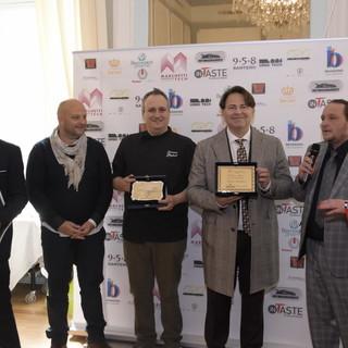 Al Sanremo Doc 2021, assegnati gli InTaste Excellence Awards ad eccellenze italiane dello spettacolo, dell'enogastronomia e dell'industria