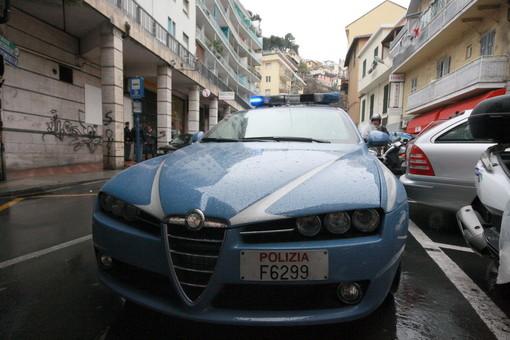 Sanremo: tentati furti ed aggressione alle commesse dei negozi del centro, foglio di via per i due responsabili