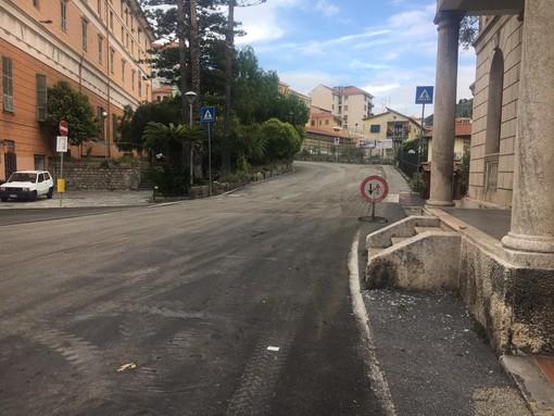 """Imperia: situazione asfalti, dal PD denunciano """"Inammissibile, cittadini e turisti sottoposti a percorsi di guerra"""""""