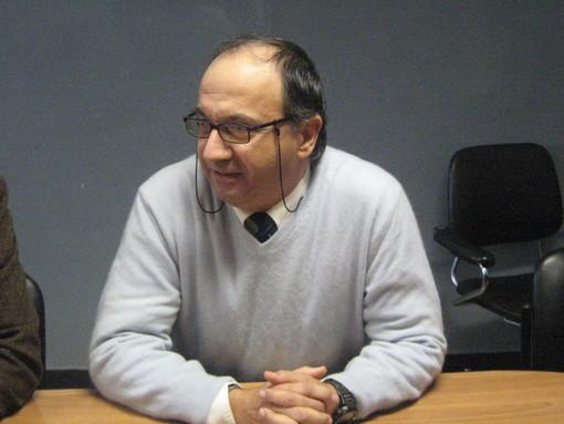 Professore del Liceo 'Cassini' denigrato su Facebook: intervento di Achille Pennellatore