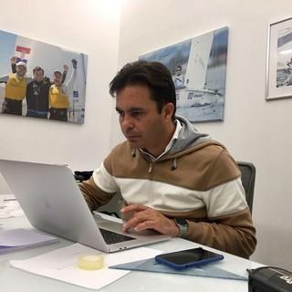 """Il CT della squadra olimpica cinese di vela Andrea Mannini rientra a Sanremo: ecco come affronta la """"psicosi Coronavirus"""""""