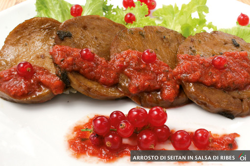 I mercoledì veg di Ortofruit. Oggi prepariamo il delizioso arrosto di seitan in salsa al ribes