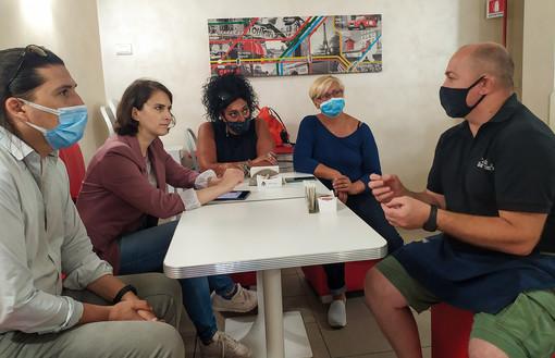 Sanremo: incontro di Alice Salvatore con commercianti e ambulanti su spostamento del mercato storico