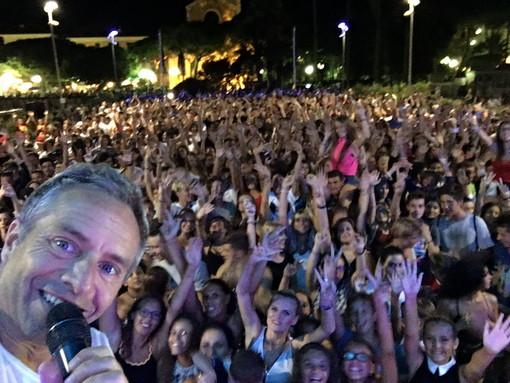 'Balliamoci l'estate' con Gianni Rossi a Diano Marina
