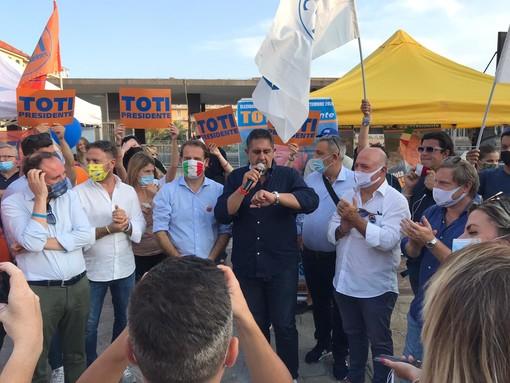 Elezioni regionali: Antonio Bissolotti dà il benvenuto al Governatore Toti nel suo tour elettorale di chiusura