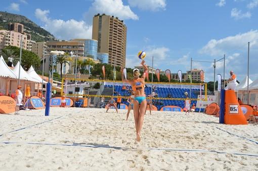 Beach Volley: partito  il trofeo Olio Amoretti e Gazzano 2 x 2 femminile 'Città di Diano Marina'