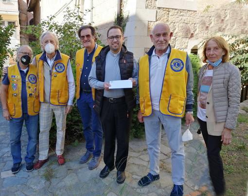 Il Lions Club Sanremo Host consegna a Don Filippo Pirondini contributo per la chiesa di Coldirodi