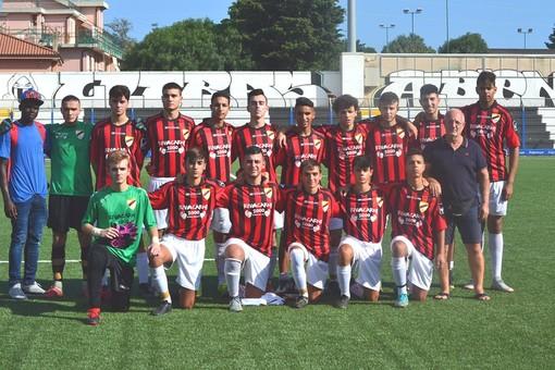 Calcio, Juniores Regionali 2° Livello. Atletico Argentina, si vede la mano di mister Sassu: cinquina rossonera al Cengio