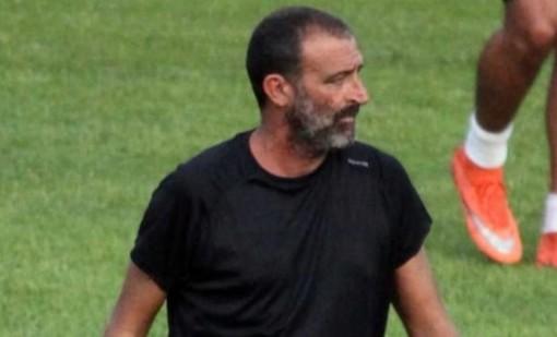 Alessandro Lupo, allenatore dell'Imperia: sulla panchina dei neroazzurri in campionato ha collezionato in 3 partite, 2 vittorie e 1 sconfitta