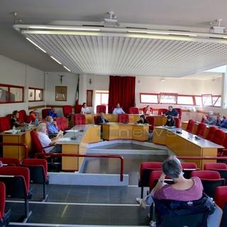 Taggia: stasera il Consiglio, il Comune conferma l'ingresso in Amaie Energia. Scaramucce sul nido 'Girotondo'