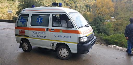 """La Croce Azzurra, vicina alla comunità di Rocchetta Nervina. La cena per gli auguri di Natale sarà organizzata presso il ristornate """"Lago Bin"""" per comprare una nuova ambulanza di soccorso"""