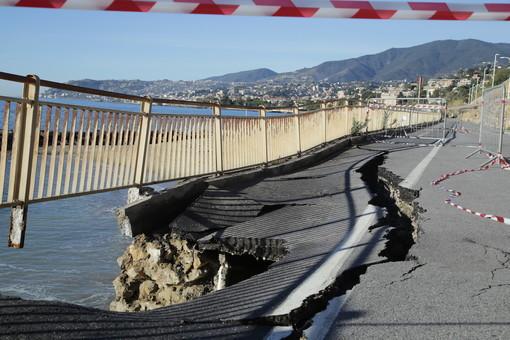 La strada crollata ai Tre Ponti