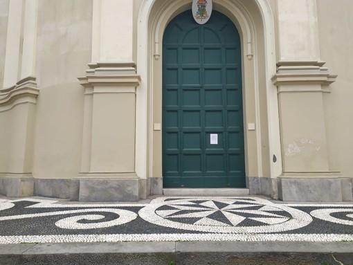 """Coronavirus: chiusa la basilica di San Giovanni a Imperia. Il parroco """"Aprirà oggi pomeriggio"""" (video)"""