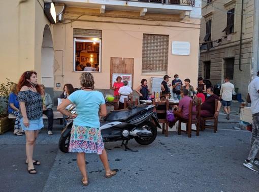 Cena solidale all'arci camalli dedicata ai beneficiari dei pacchi alimentari di Imperia Solidale (foto)