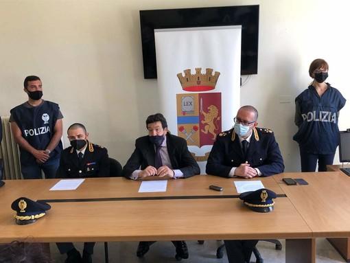 """Straniero aggredito a Ventimiglia, il questore: """"Reazione a richiesta di bevande alcoliche da migrante"""" (foto e video)"""
