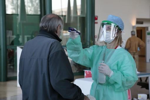Coronavirus: tasso di positività in lieve rialzo (3,1%) ma numeri stazionari oggi in Liguria e provincia di Imperia