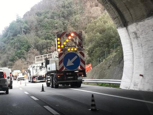 Caos autostrade, i sindaci della Liguria sul piede di guerra: pronte le ordinanze se i cantieri sulle autostrade non verranno sospesi