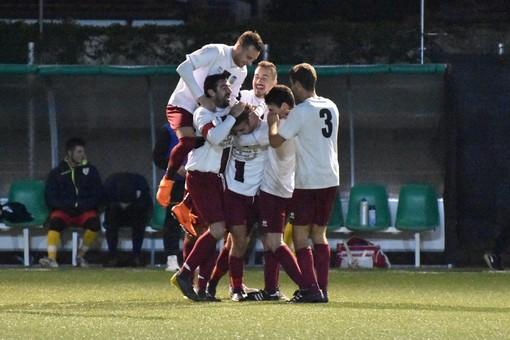 Calcio, Seconda Categoria A. Rocambolesco 4-3 nell'anticipo della 14a giornata: la Carlin's Boys B supera l'Oneglia