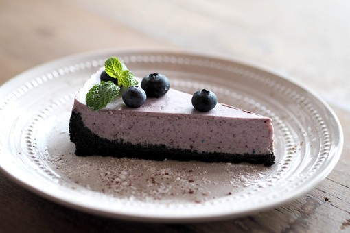 Mercoledì Veg: reinterpretazione di un classico, oggi prepariamo la cheesecake vegana ai mirtilli