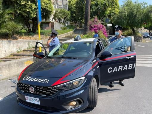 Imperia, i Carabinieri a supporto degli studenti durante l'avvio dell'esame di maturità