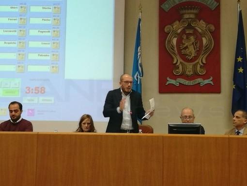 """Ventimiglia: raccolta rifiuti, il Consiglio comunale approva il piano comprensoriale, Ioculano """"Se me l'avessero detto quattro anni fa non ci avrei creduto"""""""