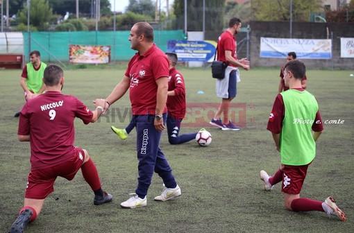Calcio, Promozione. Via dell'Acciaio-Ventimiglia 2-1: i granata cadono di misura