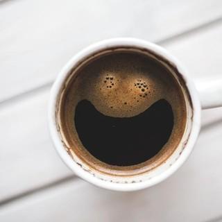 Caffè corretto: come gustarlo con il liquore giusto