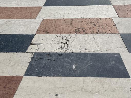 Sanremo: stato di degrado per la passeggiata Imperatrice, la segnalazione con foto di un cittadino