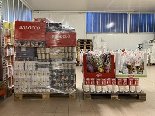 Bordighera, la 'Loggia Mimosa all'Oriente' dona alla Croce Rossa generi alimentari per i cittadini in difficoltà